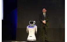 """ชมคลิปเต็ม ซีอีโอ""""เอไอเอส""""ส่องเทรนด์เทคโนโลยีโลก2018 อย่ากลัวหุ่นยนต์ จงใช้มันให้เป็น!"""
