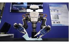 สอนหุ่นยนต์ให้ฉลาดสุดๆ ด้วย Vertual Reality